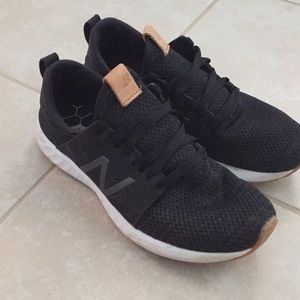 New balance black sneakers